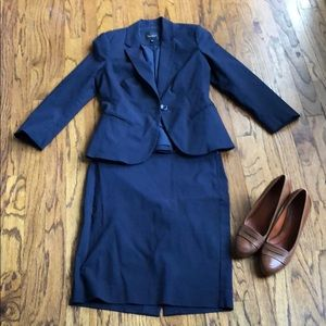 The Limited Exact Stretch Navy Skirt Suit